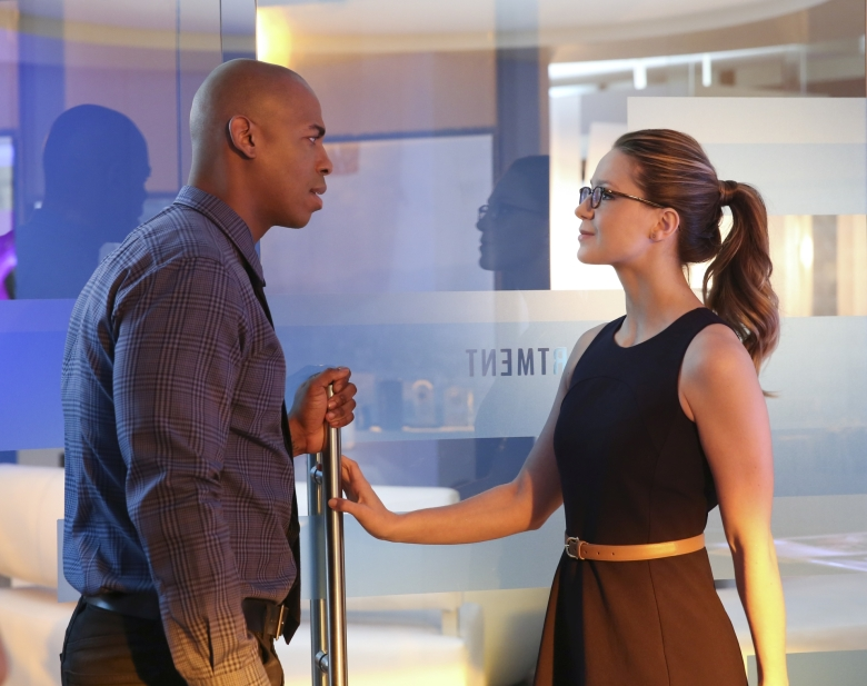 """""""Better Angels"""" -- Supergirl (Melissa Benoist, right) is forced to do battle with an unexpected foe and must risk everything – including her life – to prevent Non and Indigo from destroying every person on the planet, on the first season finale of SUPERGIRL, Monday, April 18 (8:00-9:00 PM, ET/PT) on the CBS Television Network. Also pictured: Mehcad Brooks (left) Photo: Cliff Lipson/CBS ©2016 CBS Broadcasting, Inc. All Rights Reserved"""