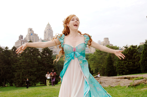 enchanted_movie_image_amy_adams__11_