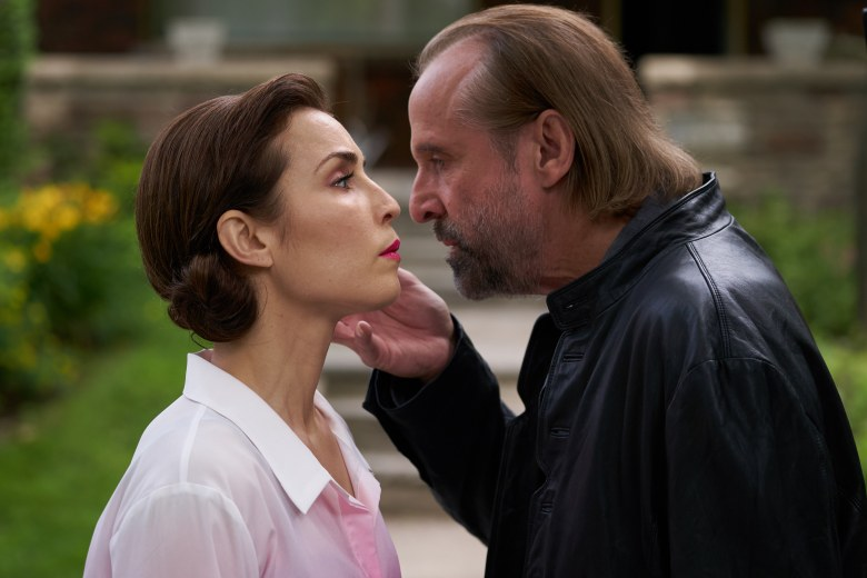 noomi-rapace-and-peter-stormare-in-rupture2