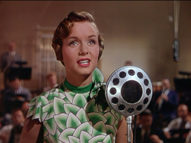 singin-in-the-rain-debbie-reynolds-leaf-dress